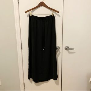 Fourteenth place black double slit maxi skirt